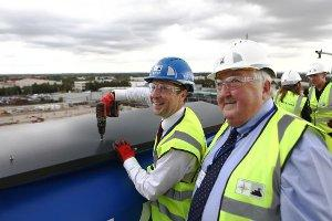 Councillors Ayre and Gilles at the Topping Out ceremony.